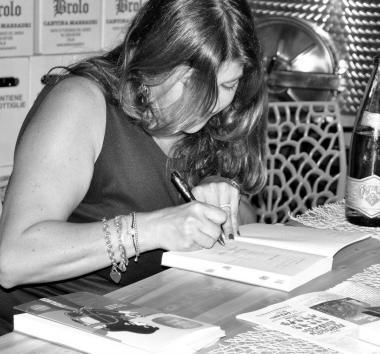 Festival Giallo Garda -  Gabriella Genisi presenta Mare Nero - 30 luglio 2016
