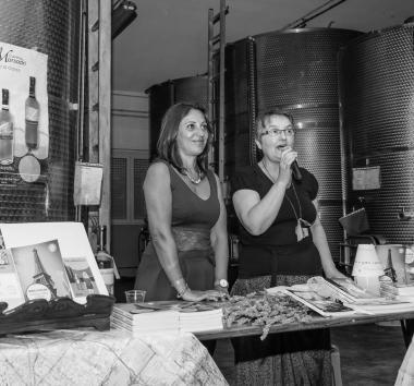 """Festival Giallo Garda - La scrittrice Manuela Siciliani presenta """"LE AVVENTURE IN GIALLO DI REBECCA TOWN"""""""
