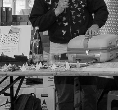 """Festival Giallo Garda - Lo scrittore Roberto Ritondale presenta il suo libro """"SOTTO UN CIELO DI CARTA"""""""